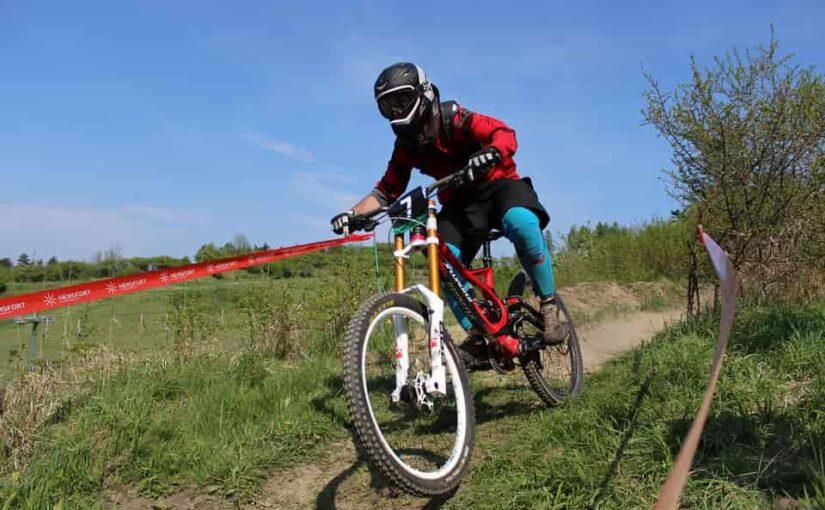 A dombok meghódítása cross kerékpárral
