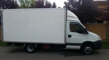 Ilyenkor megfontolandó a kisteherautó bérlés Budapesten